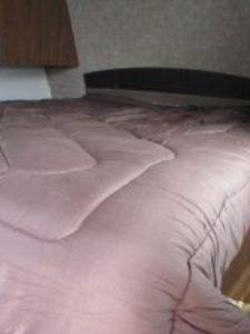 29-foot-rental-trailer-bayleys-resort-master-bed