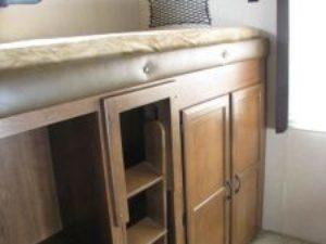 35-foot-rental-trailer-bayleys-resort-bunkroom