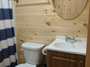 bayleys-resort-cabin-rentals-bathroom-2