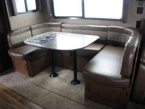 35-foot-rental-trailer-bayleys-resort-dining-table