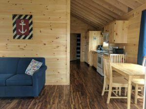 bayleys-resort-cabin-rentals-dining-area