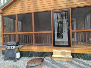 bayleys-resort-cabin-rentals-front-of-cabin