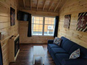bayleys-resort-cabin-rentals-living-room